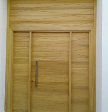 Puertas interiores exteriores y ventanas de madera for Ventanas en madera para interiores